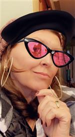 Beverly Kooistra  (STUDIO OWNER)